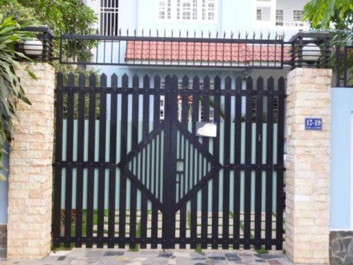 cổng sắt đẹp hiện đại 19