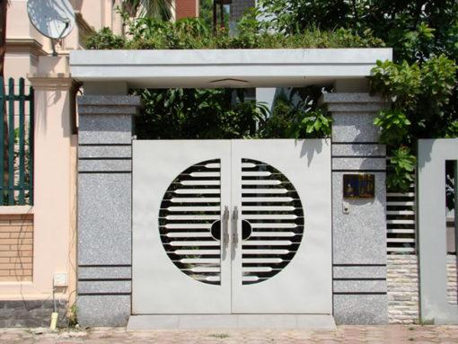 cổng sắt đẹp hiện đại 21