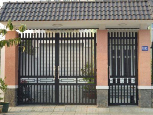 cổng sắt đẹp hiện đại 24
