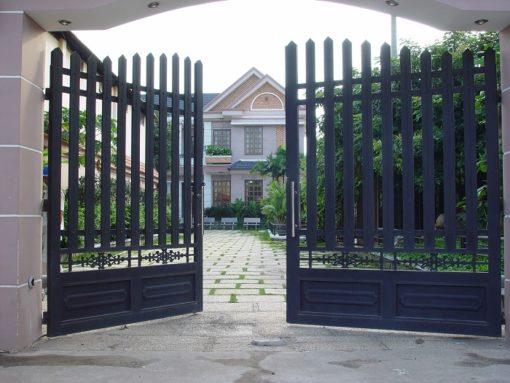 cổng sắt đẹp hiện đại 38