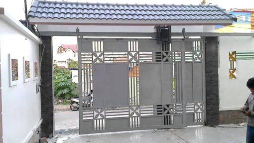 cổng sắt đẹp hiện đại 81