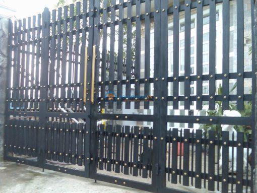 cổng sắt đẹp hiện đại 88