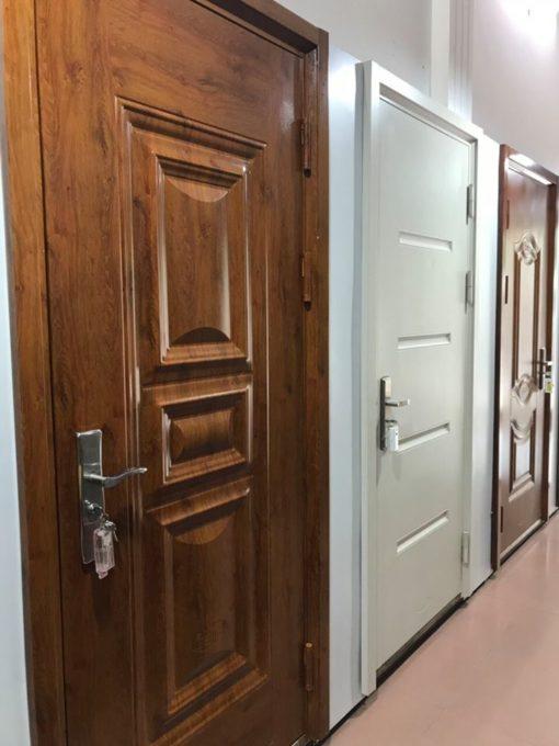 cửa sắt giả gỗ 6