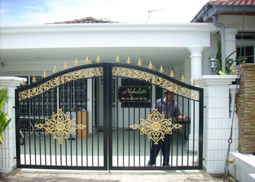 mẫu cổng inox đẹp 40