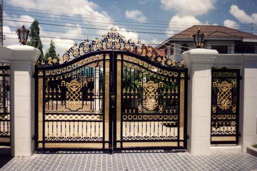 mẫu cổng inox đẹp 69