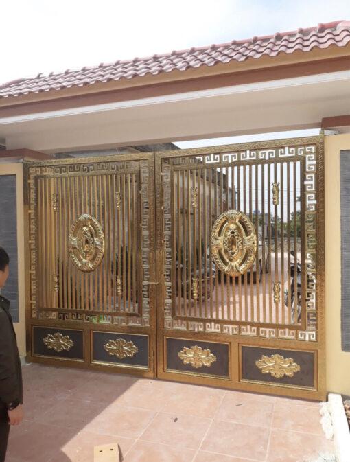 mẫu cổng inox đẹp 97
