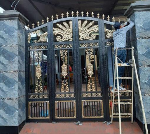 cổng inox mạ màu đẹp 9